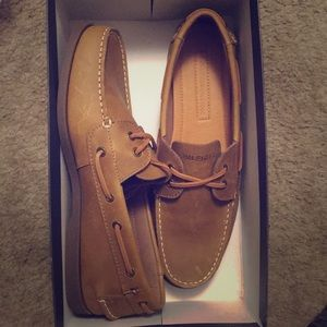 66dc5eeaf Tommy Hilfiger Shoes - Tommy Hilfiger men s bowman boat shoes